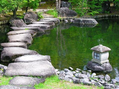 como realizar  jardin zen  exterior la bombacha
