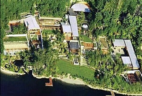 Cybernotes Facts And Photos Of Bill Gates' House
