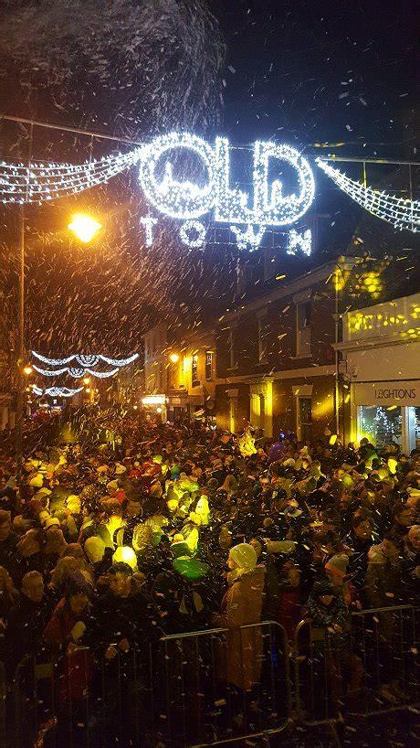 town christmas lights  swindonweb