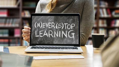 Online learning during the Coronavirus pandemic - Uni Direct