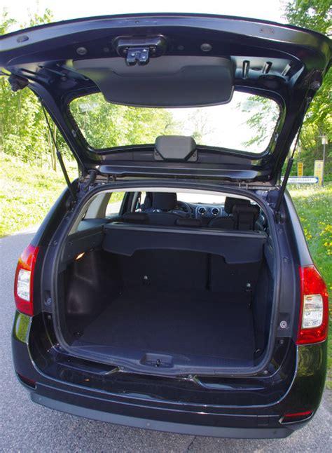 renault logan trunk biltest dacia logan mcv 0 9 tce 90 hk laureate