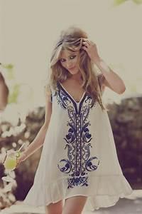 la robe de fiancailles 50 jolis variants archzinefr With robe pour mariage cette combinaison bague de fiancaille