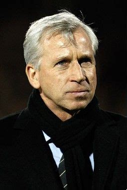 Pardew targets one new signing