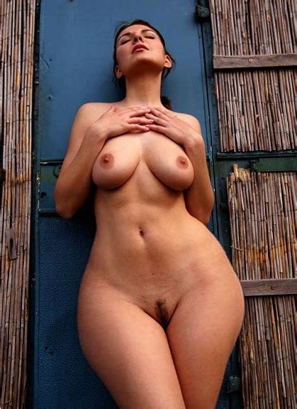 Skinny Wide Hips Pussy