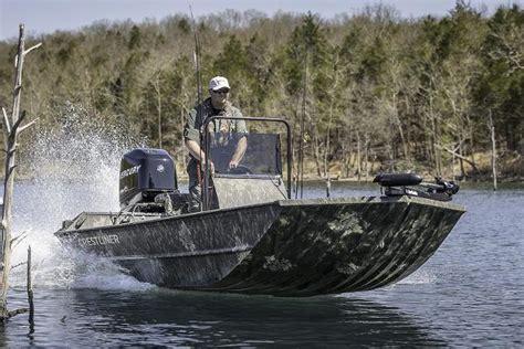 Crestliner Duck Boats For Sale by Crestliner 2070 Retriever Sc Boats For Sale