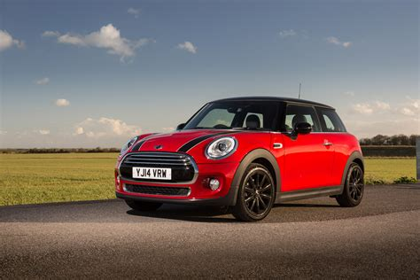 new mini cooper hatch shows contemporary evolution of