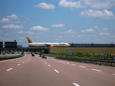 Halle 14 Leipzig by 라이프치히 할레 공항 위키백과 우리 모두의 백과사전