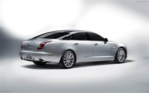 Jaguar Xj Photo by Jaguar Xj 2012 Widescreen Car Photo 17 Of 36