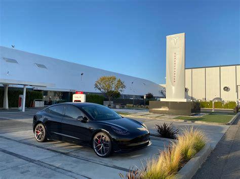 18+ Tesla Car Sharing Network Gif