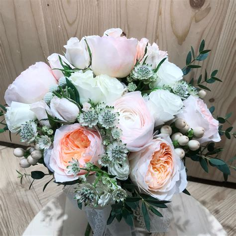 Juliet Garden Rose Fresh Flower Bouquet Hk