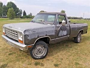 Rare    1984 Dodge Ram W150 4x4 Low Reserve Dont Miss Out