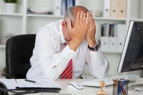frequenti mal di testa cause mal di testa cefalea emicrania impariamo a riconoscerli
