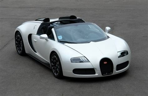 bugatti veyron grand sport  blanc review top speed