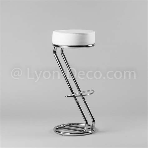 location de tabouret de bar quot z quot avec assise simili blanc repose pied