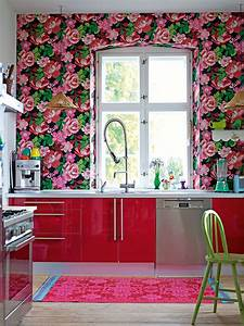 Kitchen wallpaper ideas wall decor that sticks for Kitchen colors with white cabinets with papier peint décoration murale