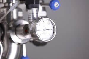 Druckkessel Hauswasserwerk Einstellen : hauswasserwerk druck einstellen so regeln sie den druck ~ Lizthompson.info Haus und Dekorationen