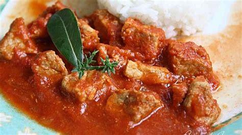 cuisiner du sauté de porc sauté de porc au paprika recette par by acb 4 you