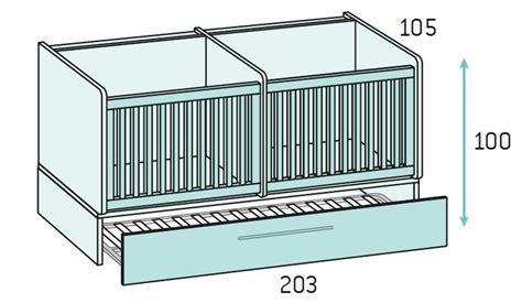 pouf chambre fille chambre bébé fille avec un lit jumeaux évolutif glicerio