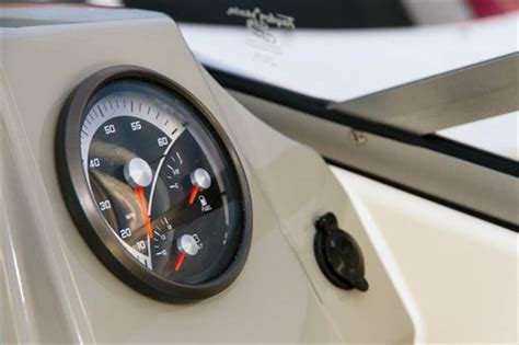 Boat Gauges Nz by Bayliner 642 Cuddy Overnighter Review