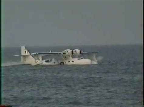 Flying Boat Gif by Flying Boat Landing In The Sea At Sunderland