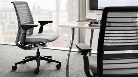 chaise de bureau steelcase think siège de travail intelligent et mobile steelcase