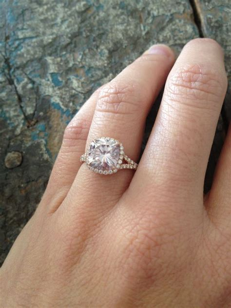 Expensive  Ee  Ring Ee   For Newlyweds Light Pink Moissanite