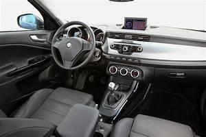 Essai Alfa Romeo Giulietta 1 4 Multiair 170 : alfa romeo giulietta 1 4 multiair 170 passion r compens e photo 4 l 39 argus ~ Medecine-chirurgie-esthetiques.com Avis de Voitures