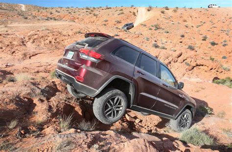 jeep hawk trail jeep grand cherokee trailhawk confirmed for australia