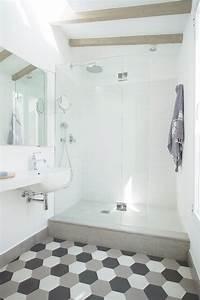 Badezimmer Platten Statt Fliesen : fliesen platten zementmosaikplatten in 2019 badezimmer fliesen badezimmer mit mosaik ~ Watch28wear.com Haus und Dekorationen