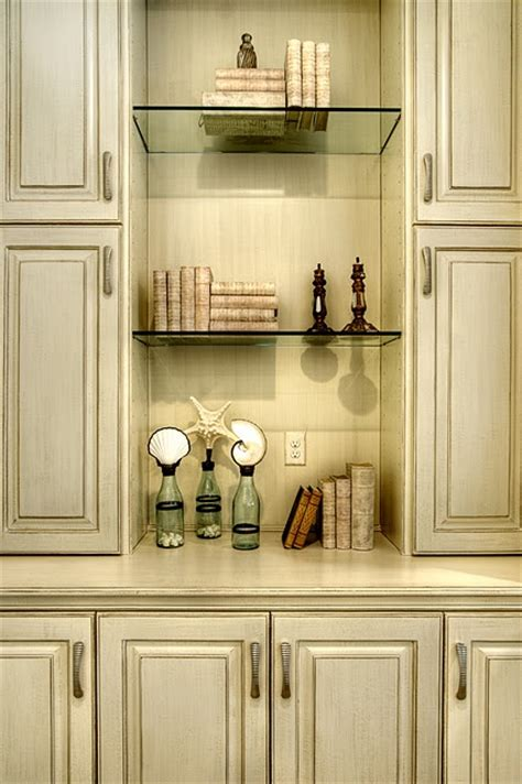 waxing kitchen cabinets 23 best images about painted cabinets on 3366