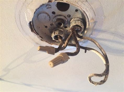 Electrical Can Splice Wires Old Ceiling Light