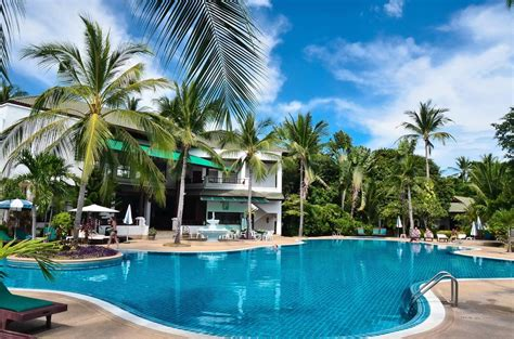 First Bungalow Beach Resort  Koh Samui