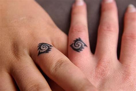ring finger tattoos designs