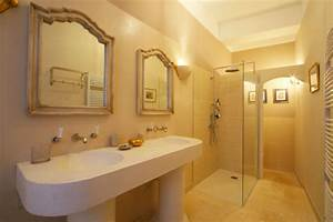 Deco salle de bain en longueur for Amenagement salle de bain en longueur