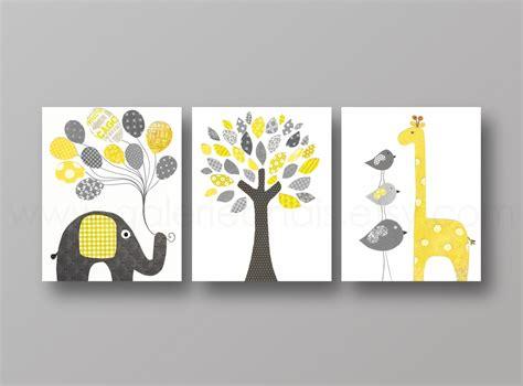 tableau chambre bébé garçon lot de 3 illustrations pour chambre d 39 enfant et bebe jaune