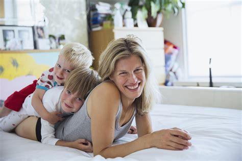 Habits Of Very Happy Moms