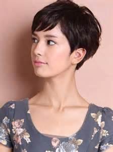 coupe courte cheveux frisã s 17 meilleures idées à propos de coupe courte effilée sur