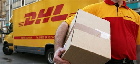 bureau dhl montreal unifor members at dhl express across canada vote to strike