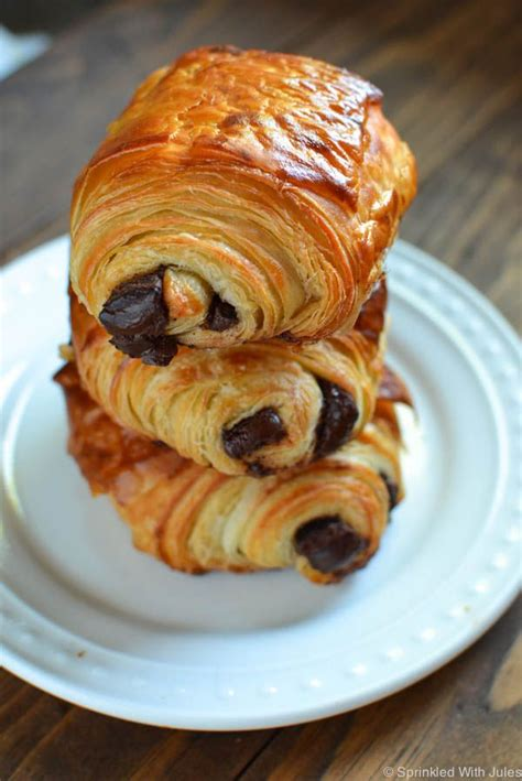 17 best ideas about chocolate croissant recipe on easy chocolate desserts pillsbury