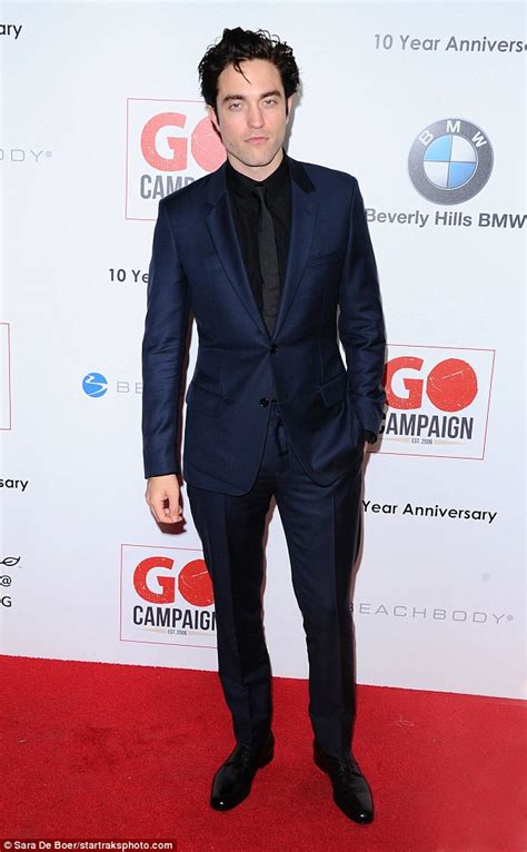 Robert Pattinson pays tribute to his Twilight years as he ...