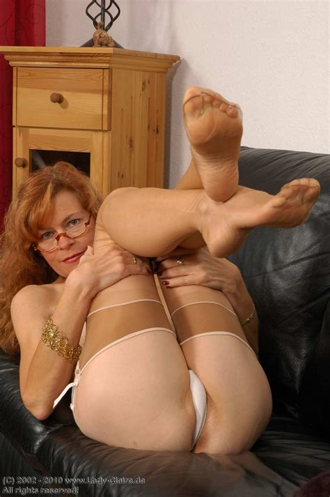 Foot Fetish Erotic Nikki Milf Shows Feet In Pantyhose In Gallery Feet My Love