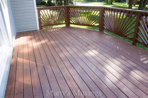 stain  wood deck