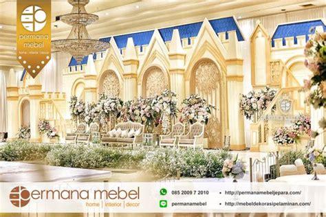 pelaminan karet model istana mewah dekorasi pernikahan