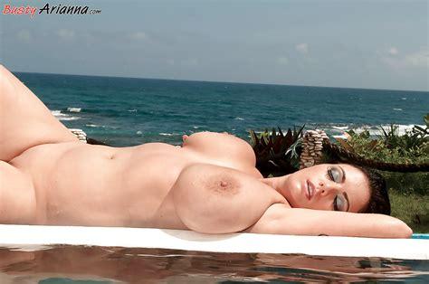 Busty Arianna Sinn Revealing Chubby Tits From Bikini On