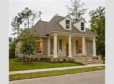 Love the Louisiana style house! Home Decor Pinterest