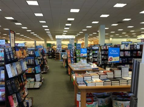 barnes and noble hadley barnes noble book shops 335 st hadley ma