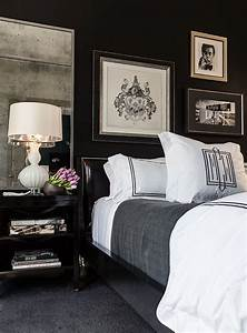 35 timeless black and white bedrooms that know how to for Black white and gray bedroom decorating ideas
