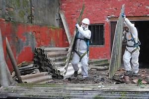 Entsorgung Asbest Kosten : asbest sanierungsstau gefahren f r handwerker ~ Frokenaadalensverden.com Haus und Dekorationen