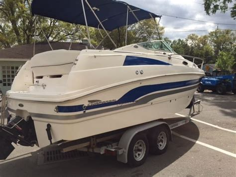 Cabin Cruiser Chaparral Boats by Chaparral Signature 240 Boat Cabin Cruiser Not Commodore