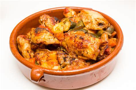 Greek Chicken Tava (Casserole) - Honest Mum